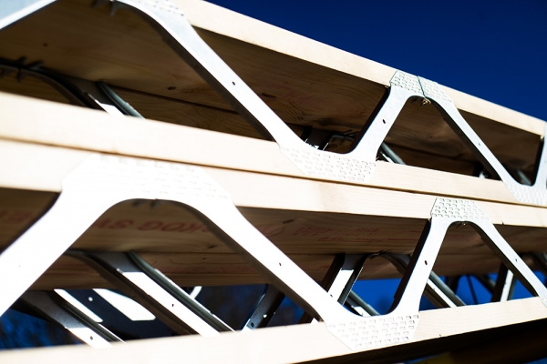 Services lincframe trusses for Web floor truss
